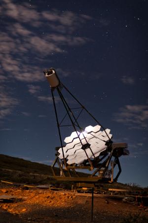 Diseño de un ASIC para la instrumentación electrónica de los foto detectores desilicio para un telescopio de rayos Gamma.